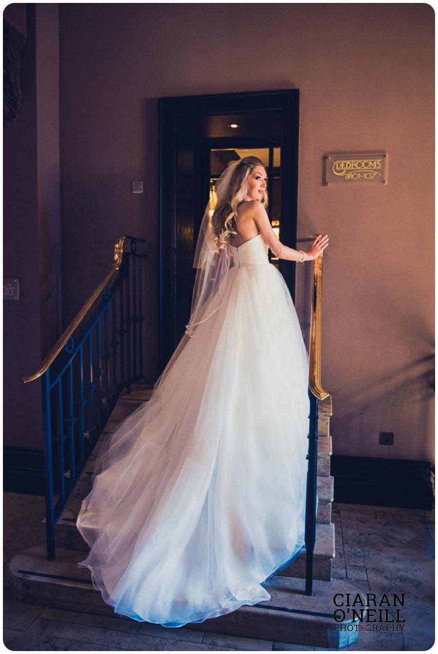 Linda & Jae's wedding at the Merchant Hotel by Ciaran O'Neill Photography 22