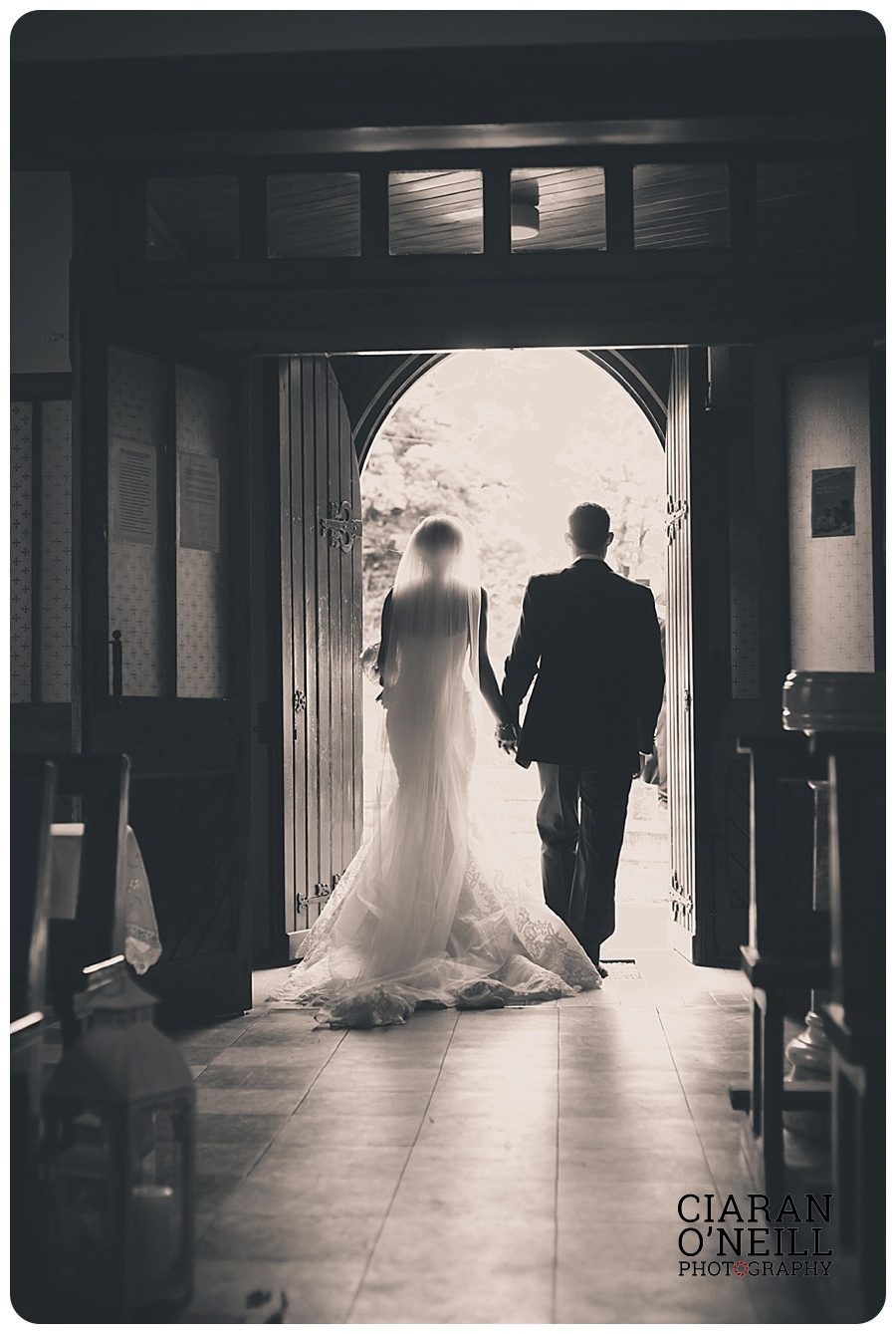 Kelly & Aodhan's wedding at Ballymagarvey Village by Ciaran O'Neill Photography 12