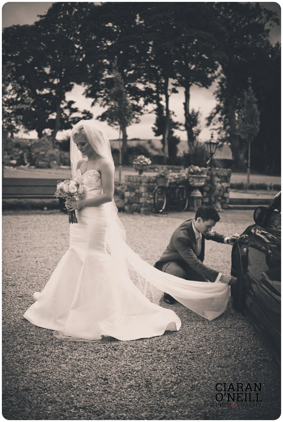 Clare & Mark's wedding at Darver Castle by Ciaran O'Neill Photography 12