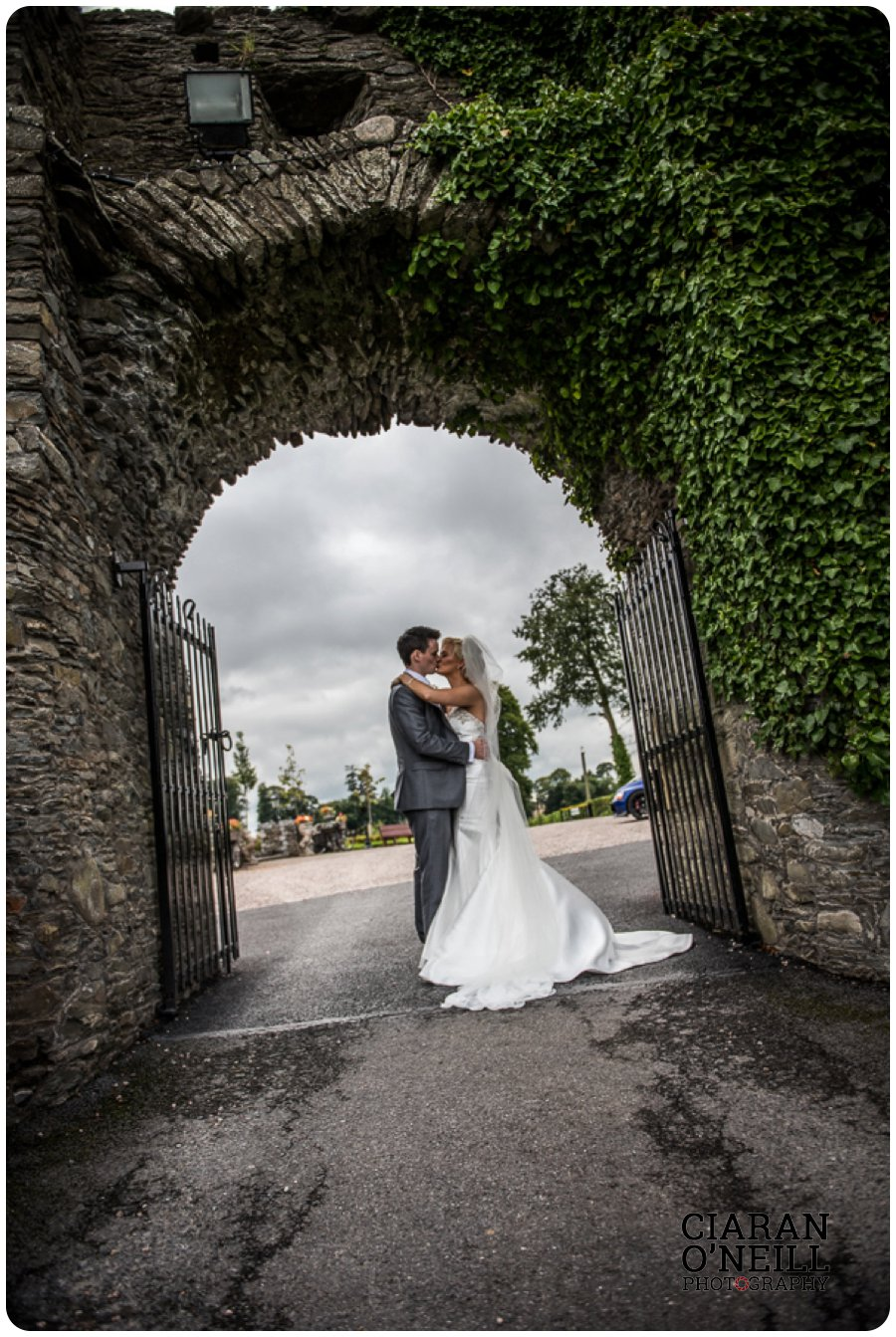 Clare & Mark's wedding at Darver Castle by Ciaran O'Neill Photography 13