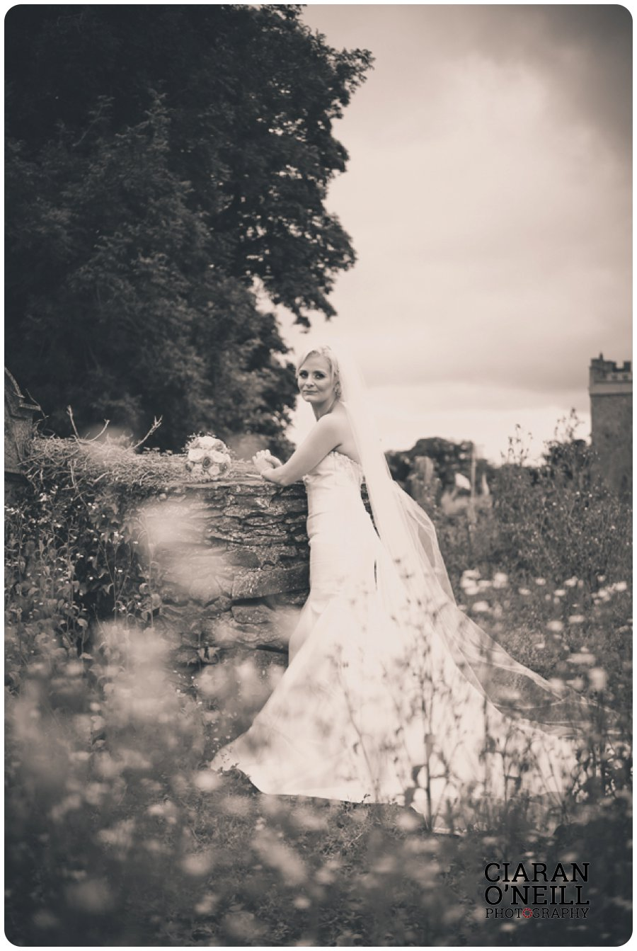 Clare & Mark's wedding at Darver Castle by Ciaran O'Neill Photography 16