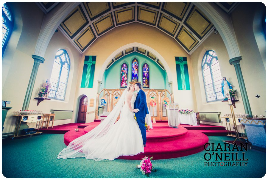 fionnuala-keiths-wedding-at-darver-castle-by-ciaran-oneill-photography-14
