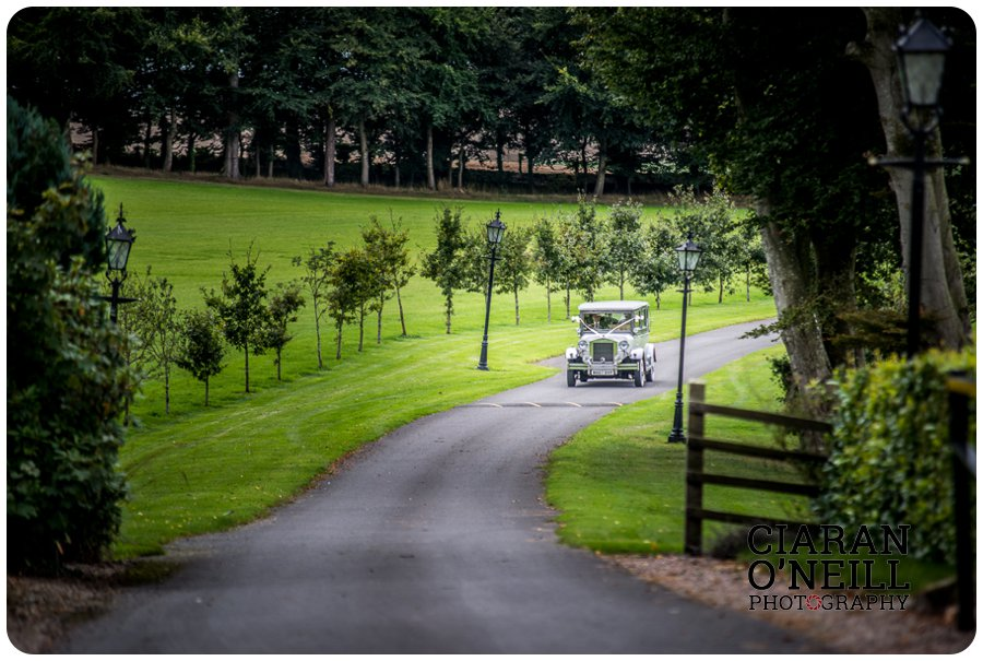 fionnuala-keiths-wedding-at-darver-castle-by-ciaran-oneill-photography-18