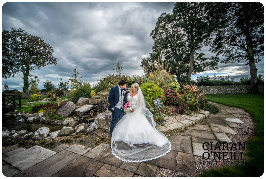 fionnuala-keiths-wedding-at-darver-castle-by-ciaran-oneill-photography-19