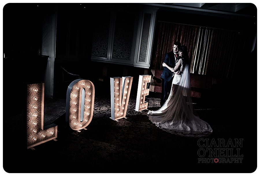 karen-russells-wedding-at-the-carrickdale-hotel-by-ciaran-oneill-photography-20
