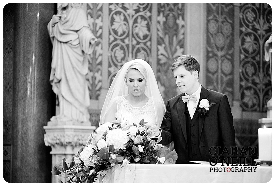 orla-michaels-wedding-at-the-ballymascanlon-hotel-by-ciaran-oneill-photography-09