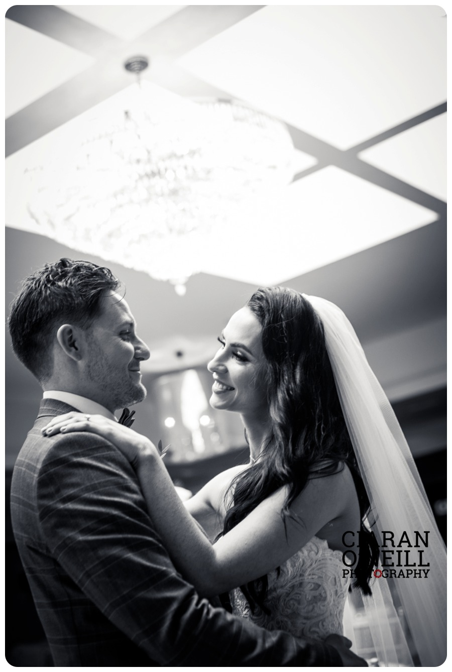 Marie & Aidan's wedding at Ballymascanlon Hotel by Ciaran O'Neill Photography
