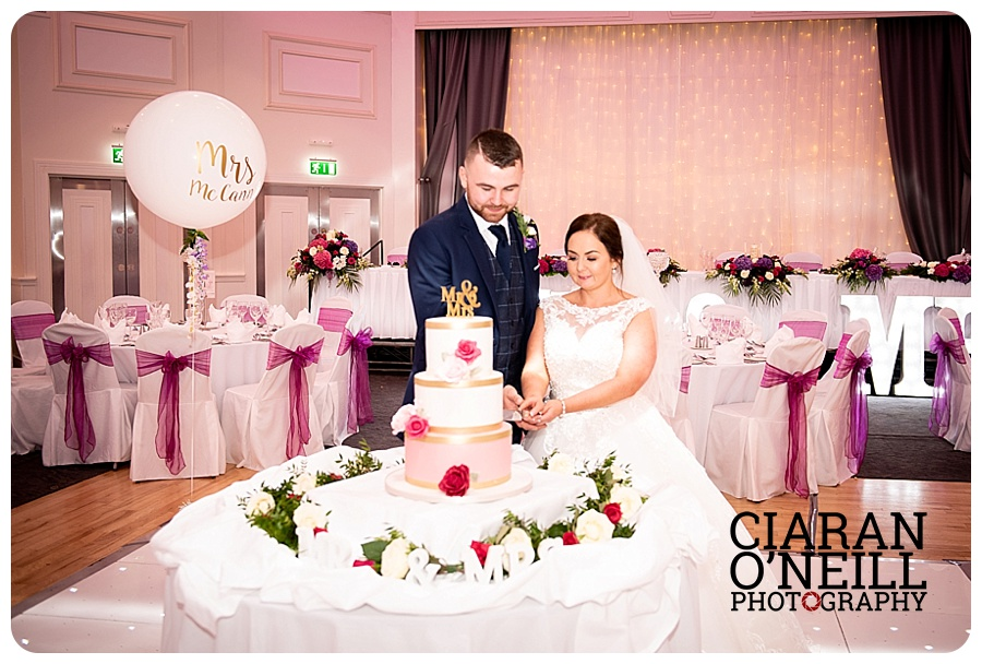 Danielle & Ryan's wedding at the Hillgrove Hotel by Ciaran O'Neill Photography